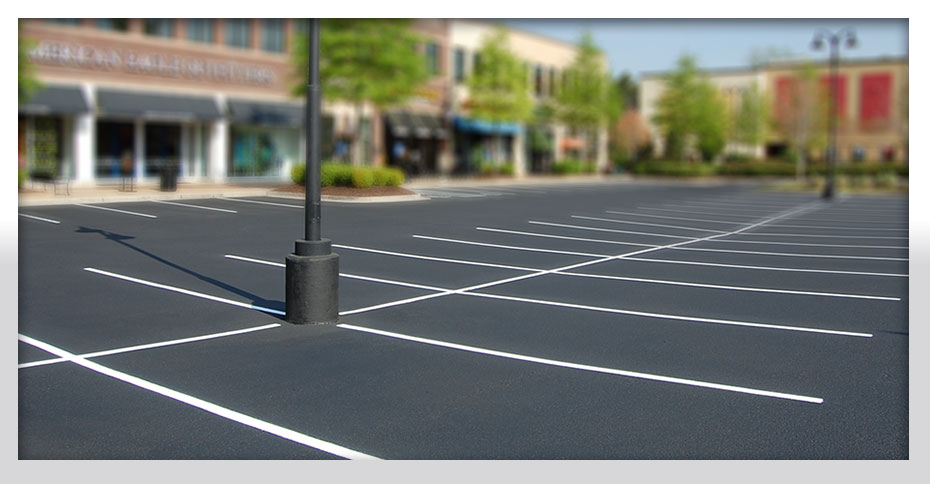 Parking lot sealcoating, parking lot striping, sealcoating, striping, asphalt striping, asphalt sealcoating Nashville, Brentwood, Franklin, Spring Hill, Murfreesboro, Columbia, Mount Juliet